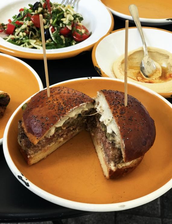 Basta Street Food: Rafine Mutfaktan Sokak Yemeklerine Lezzetli Bir Yolculuk