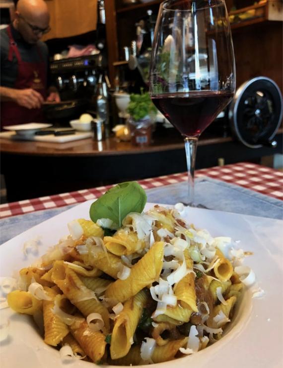 Bianco Rosso e Nero: Münih'in Göbeğinde Sakin Bir İtalyan Keyfi